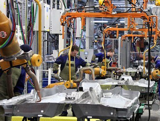 800px-Gorky_Automobile_Plant_in_Nizhniy_Novgorod_(41)